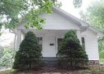 Foreclosed Home en W 10TH ST, Carrollton, MO - 64633