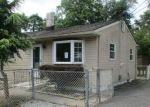 Foreclosed Home en LYNNE DR, Clayton, NJ - 08312