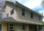 Foreclosed Home en W FOND DU LAC AVE, Milwaukee, WI - 53224