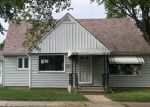 Foreclosed Home en W VIENNA AVE, Milwaukee, WI - 53216