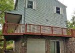 Foreclosed Home en HAWLEY LN, Poca, WV - 25159