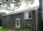 Foreclosed Home en SPRING OAKS LN, Ruckersville, VA - 22968
