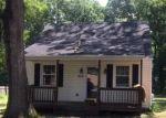 Foreclosed Home en QUINNFORD BLVD, Richmond, VA - 23237