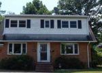 Foreclosed Home en SUNNYWOOD RD, Newport News, VA - 23601