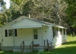 Foreclosed Home en MUSIC ST N, Gretna, VA - 24557