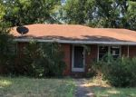 Foreclosed Home en E BANKHEAD DR, Weatherford, TX - 76086
