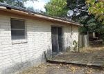 Foreclosed Home en E 18TH ST, Cameron, TX - 76520