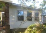 Foreclosed Home en E 3RD AVE, Red Springs, NC - 28377