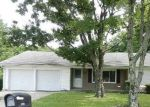 Foreclosed Home en CASTLE AVE, Mount Orab, OH - 45154