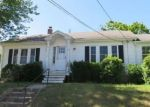 Foreclosed Home in DAVIS AVE, Cranston, RI - 02910