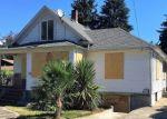 Foreclosed Home en N SENECA ST, Portland, OR - 97203
