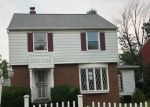 Foreclosed Home en COOLIDGE DR, Euclid, OH - 44132