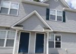 Foreclosed Home en CORNERSTONE PL, Jacksonville, NC - 28546