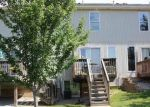 Foreclosed Home en SW SHADOW GLEN DR, Blue Springs, MO - 64015
