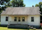 Foreclosed Home en FLUCOM RD, De Soto, MO - 63020
