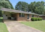 Foreclosed Home en GLENDALE ST, Booneville, MS - 38829