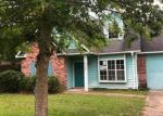 Foreclosed Home en DOLPHIN DR, Gautier, MS - 39553