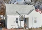 Foreclosed Home en MCCARTHY AVE, Chicopee, MA - 01020