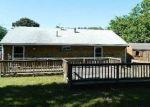 Foreclosed Home en CARMEN PARK DR, Middleboro, MA - 02346