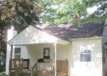 Foreclosed Home en 3RD STREET A, Moline, IL - 61265