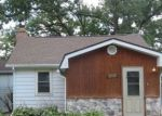 Foreclosed Home en WILDWOOD DR, Crystal Lake, IL - 60014