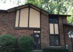 Foreclosed Home en BUCKINGHAM LN, Villa Park, IL - 60181