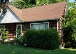 Foreclosed Home en W LEWIS ST, Anna, IL - 62906