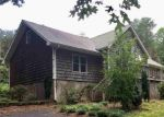 Foreclosed Home en INDIAN PATH DR, Clarkesville, GA - 30523