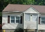 Foreclosed Home en MIDDLE ST, Waterbury, CT - 06706