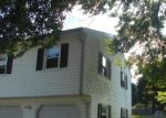 Foreclosed Home en FERN ST, Naugatuck, CT - 06770