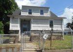 Foreclosed Home en MOFFITT ST, Bridgeport, CT - 06606