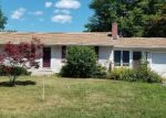 Foreclosed Home en WINDHAM RD, Enfield, CT - 06082