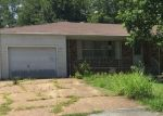 Foreclosed Home en HAYES ST, Mountain Home, AR - 72653