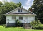 Foreclosed Home in EXETER AVE, Middlesboro, KY - 40965