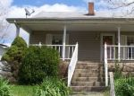 Foreclosed Home in CANTRILL ST, Irvine, KY - 40336
