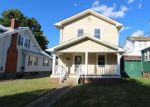 Foreclosed Home en W 2ND ST, Charleston, WV - 25302