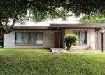 Foreclosed Home en RIVERVIEW DR NE, Auburn, WA - 98002