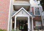 Foreclosed Home en PENDERVIEW DR, Fairfax, VA - 22033