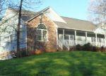 Foreclosed Home en SEPTEMBER LN, Moneta, VA - 24121