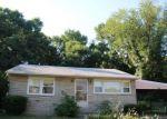 Foreclosed Home en BEAVER DAM RD, Bristol, PA - 19007