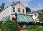 Foreclosed Home en HALE ST, New Brunswick, NJ - 08901