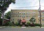 Foreclosed Home en BROAD AVE, Leonia, NJ - 07605