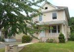 Foreclosed Home en MERTZ AVE, Hillside, NJ - 07205