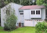 Foreclosed Home en SHIRLEY RD, Torrington, CT - 06790