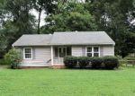 Foreclosed Home en NOBLE AVE, Richmond, VA - 23227