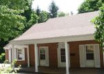 Foreclosed Home en OAK GROVE AVE, Bluefield, WV - 24701