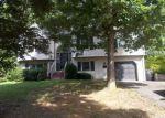 Foreclosed Home en VIEW AVE, Roanoke, VA - 24018