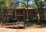 Foreclosed Home en W RIDGEWOOD DR, Garland, TX - 75041