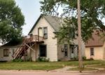 Foreclosed Home en E HANSON AVE, Mitchell, SD - 57301