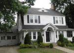 Foreclosed Home en CONISTON AVE, Waterbury, CT - 06708